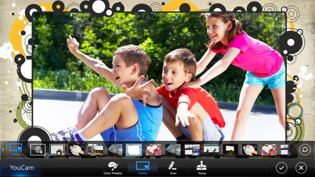 CyberLink YouCam Deluxe Crack 9.1.1929.0 + Patch Latest